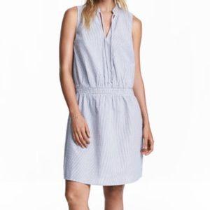 H&M / blue striped seersucker dress